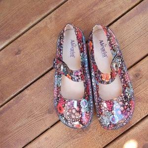Algeria paloma shoes